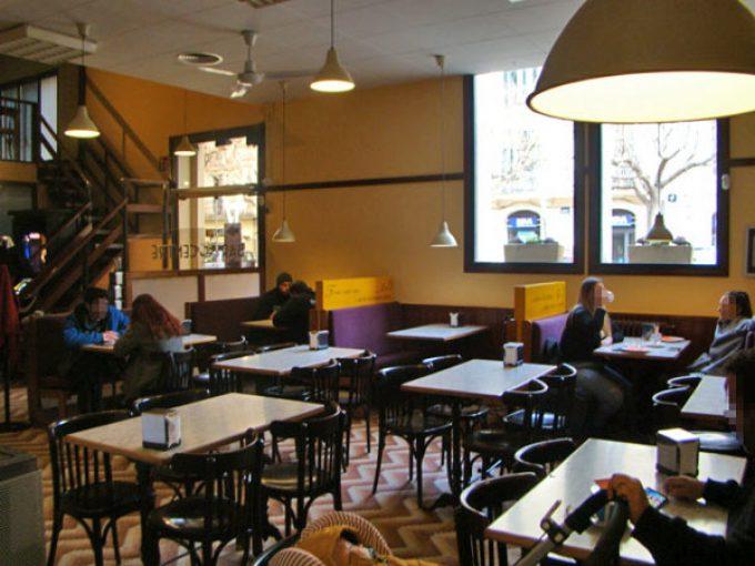 bar centre abadesses 7